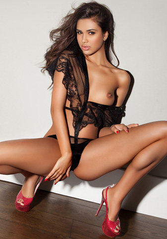 London escort Angelina